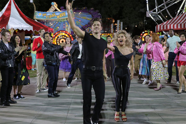Grease-Live-(2)